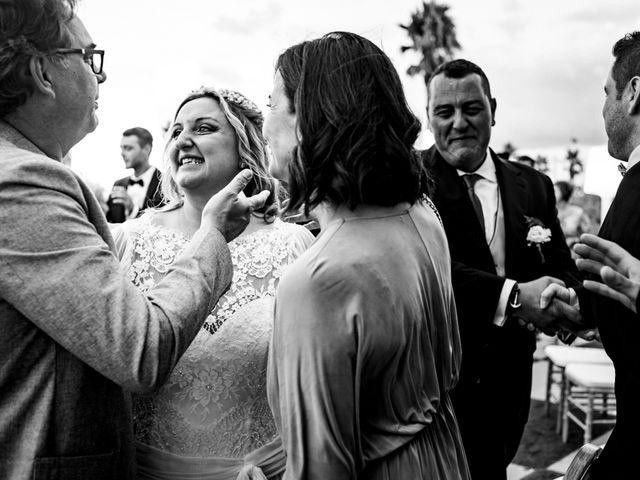 La boda de Manuel y Pilar en Valencia, Valencia 232