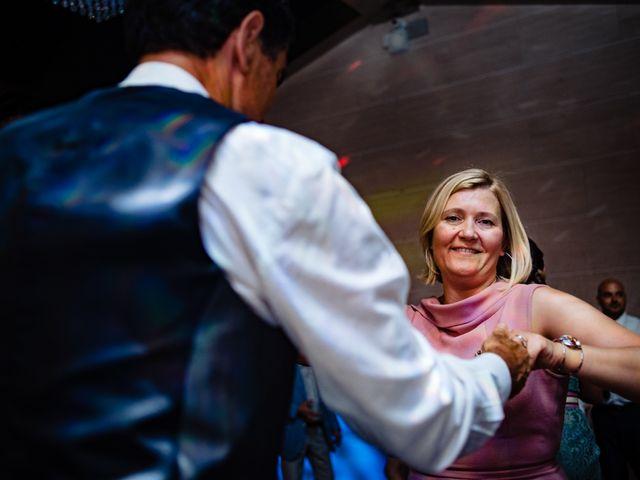 La boda de Manuel y Pilar en Valencia, Valencia 380