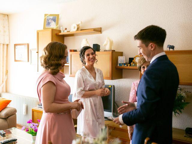 La boda de Joaquín y Lorena en Villatoro, Ávila 16