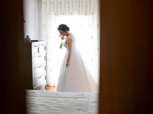La boda de Joaquín y Lorena en Villatoro, Ávila 24