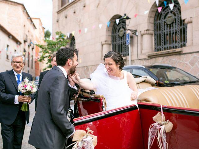 La boda de Joaquín y Lorena en Villatoro, Ávila 32