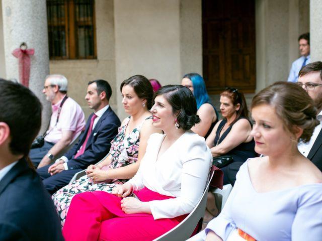 La boda de Joaquín y Lorena en Villatoro, Ávila 45