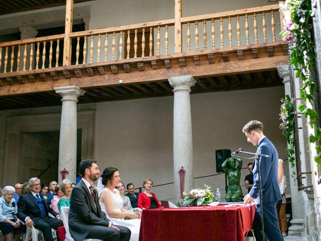 La boda de Joaquín y Lorena en Villatoro, Ávila 48