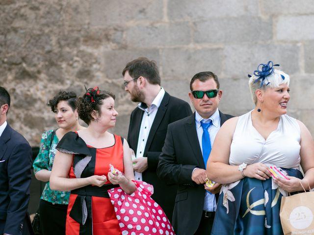 La boda de Joaquín y Lorena en Villatoro, Ávila 67