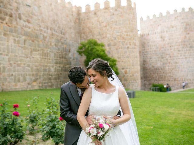 La boda de Joaquín y Lorena en Villatoro, Ávila 72