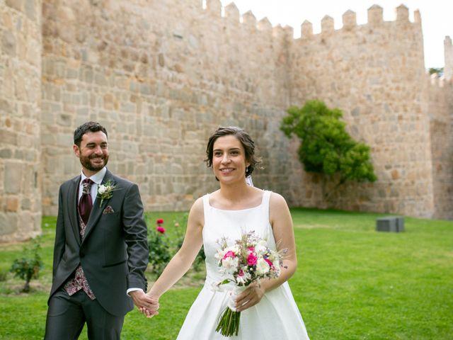 La boda de Joaquín y Lorena en Villatoro, Ávila 73