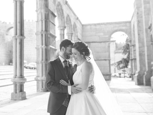 La boda de Joaquín y Lorena en Villatoro, Ávila 75