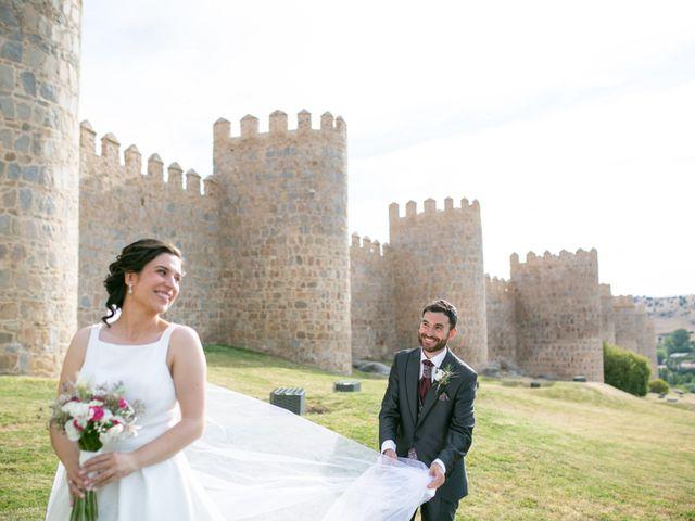 La boda de Joaquín y Lorena en Villatoro, Ávila 79