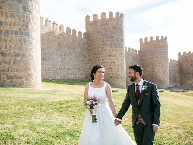 La boda de Joaquín y Lorena en Villatoro, Ávila 84