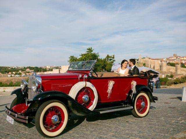 La boda de Joaquín y Lorena en Villatoro, Ávila 86