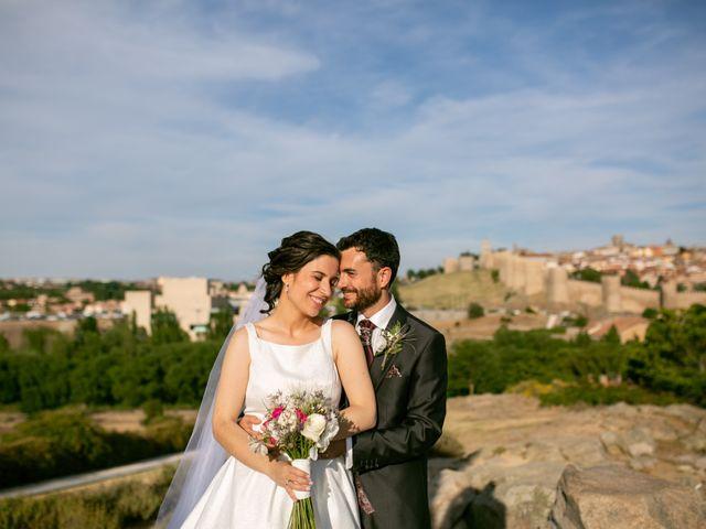 La boda de Joaquín y Lorena en Villatoro, Ávila 2