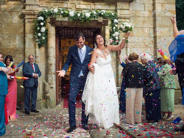 La boda de Alberto y Lucia en Oleiros, A Coruña 16