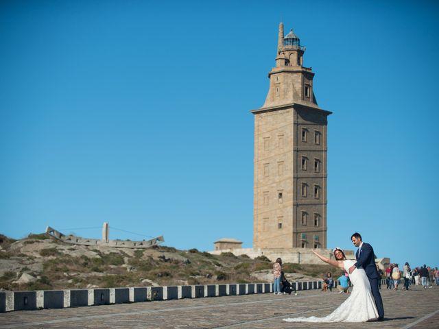 La boda de Alberto y Lucia en Oleiros, A Coruña 33