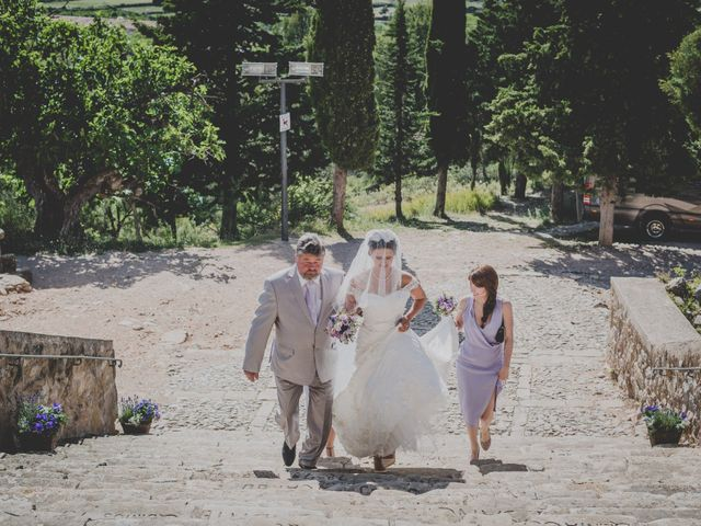 La boda de Rob y Elena en Horta De Sant Joan, Tarragona 54