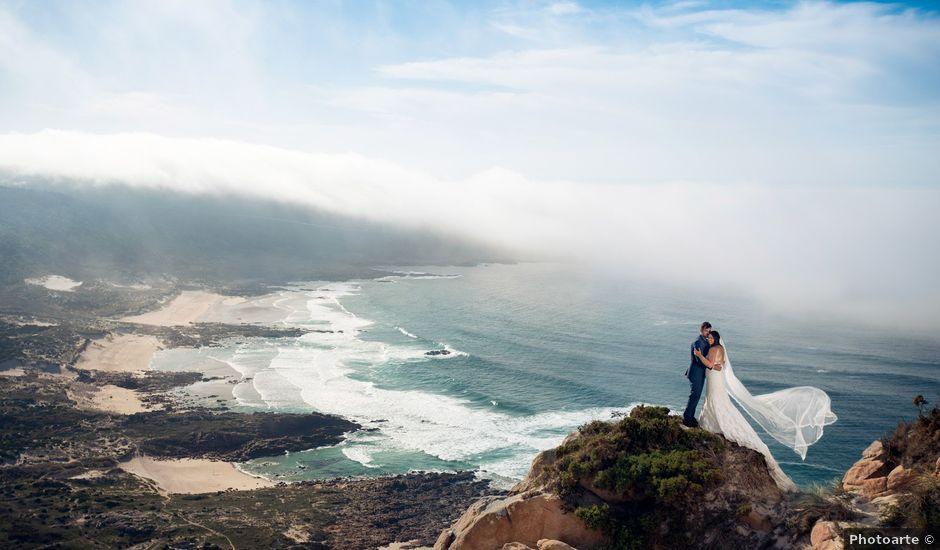 La boda de Alberto y Lucia en Oleiros, A Coruña