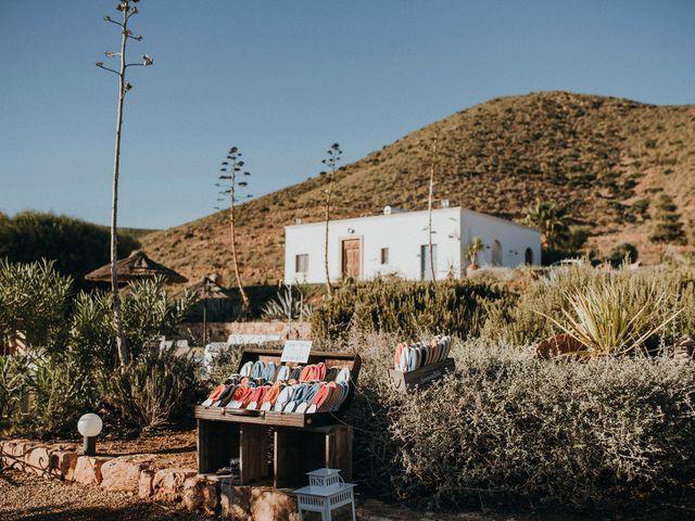 La boda de Pedro y Elo en El Cabo De Gata, Almería 3