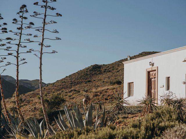 La boda de Pedro y Elo en El Cabo De Gata, Almería 4