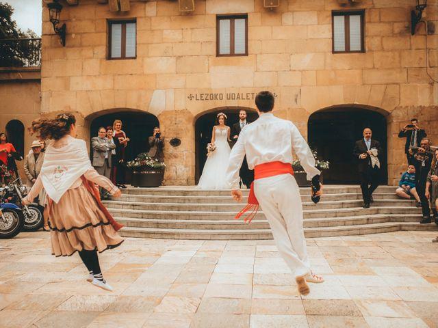 La boda de Joseba y Tania en Donostia-San Sebastián, Guipúzcoa 17