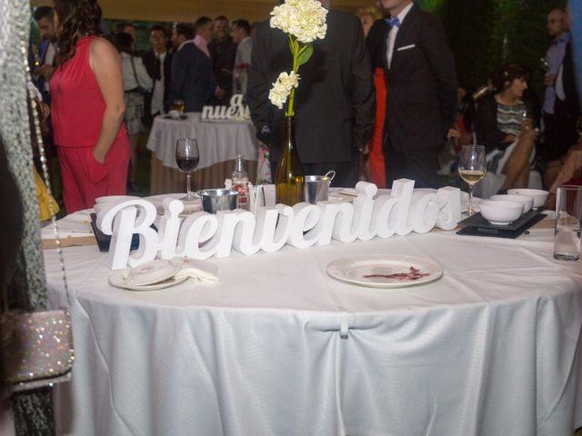La boda de Rubén y Zara en Ponferrada, León 24