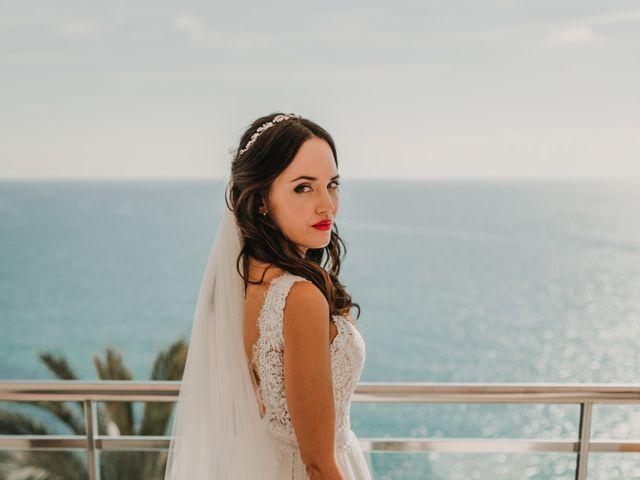 La boda de Paúl y Blanca en La/villajoyosa Vila Joiosa, Alicante 22