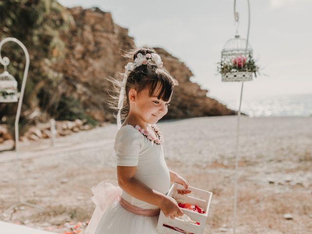 La boda de Paúl y Blanca en La/villajoyosa Vila Joiosa, Alicante 32