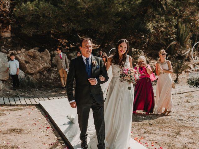 La boda de Paúl y Blanca en La/villajoyosa Vila Joiosa, Alicante 33