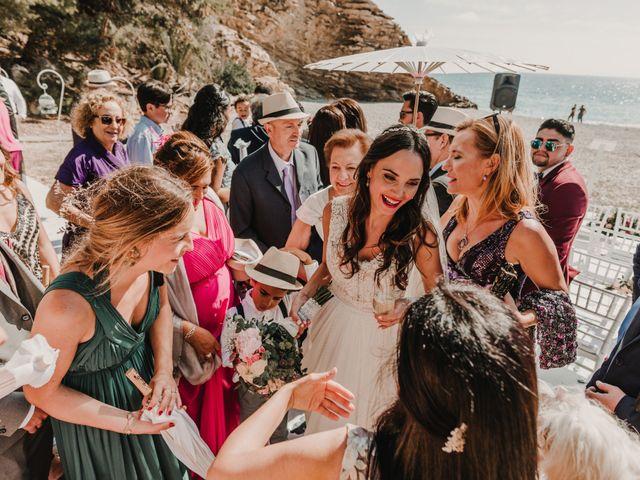 La boda de Paúl y Blanca en La/villajoyosa Vila Joiosa, Alicante 61
