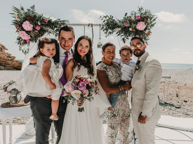 La boda de Paúl y Blanca en La/villajoyosa Vila Joiosa, Alicante 62
