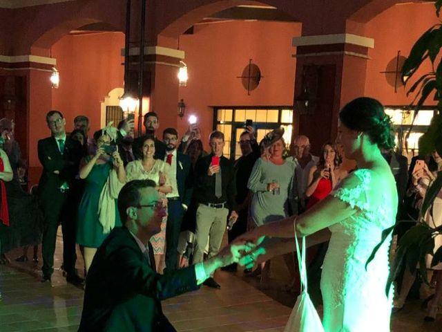 La boda de Macarena y José Antonio en Sevilla, Sevilla 4