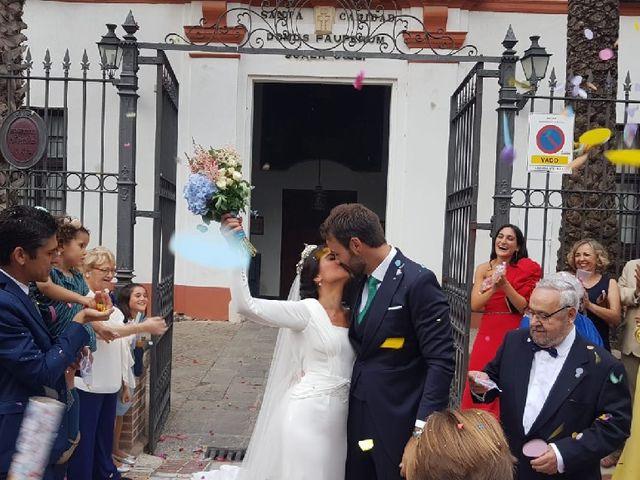 La boda de Borja y Carolina en Sevilla, Sevilla 13