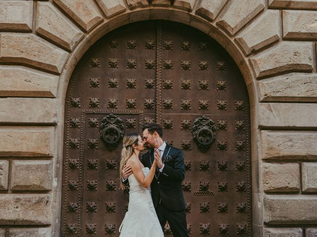 La boda de Juan y Virginia en Barcelona, Barcelona 12