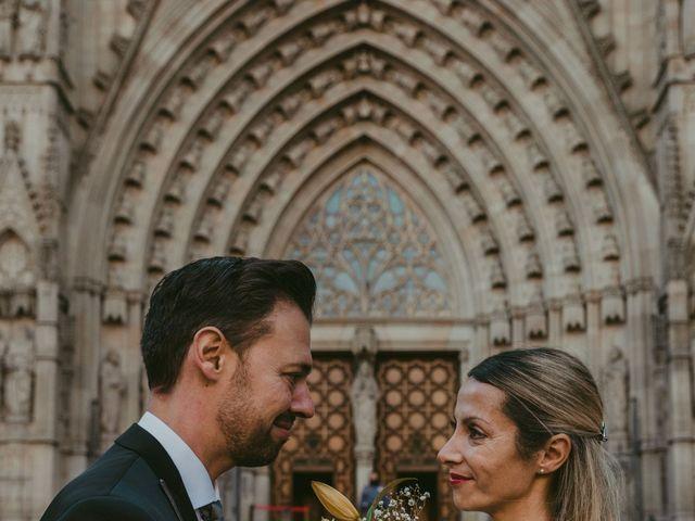 La boda de Juan y Virginia en Barcelona, Barcelona 31