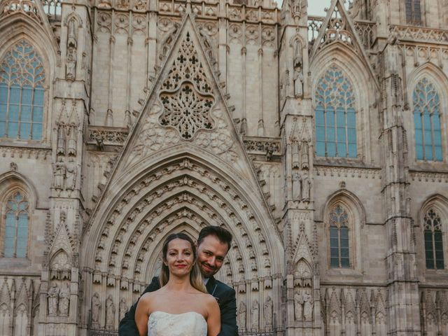 La boda de Juan y Virginia en Barcelona, Barcelona 33