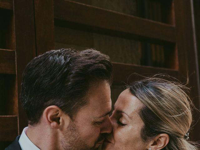 La boda de Juan y Virginia en Barcelona, Barcelona 38