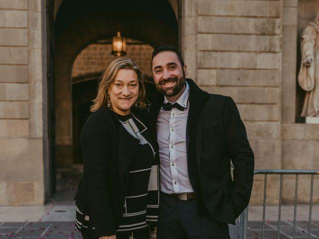 La boda de Juan y Virginia en Barcelona, Barcelona 220