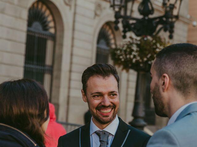 La boda de Juan y Virginia en Barcelona, Barcelona 221