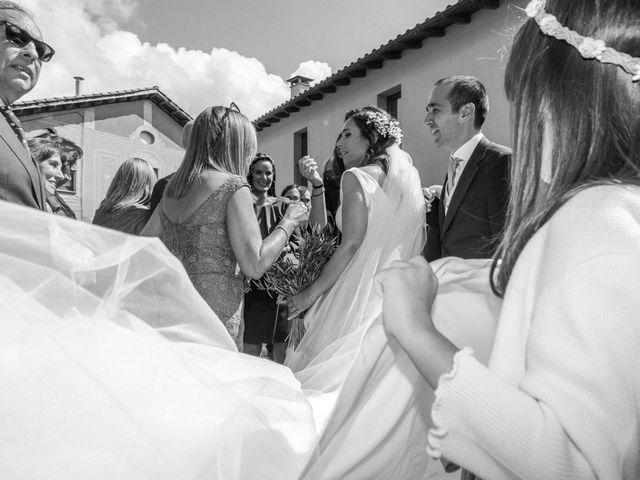 La boda de Alex y Mireia en Viladrau, Girona 27