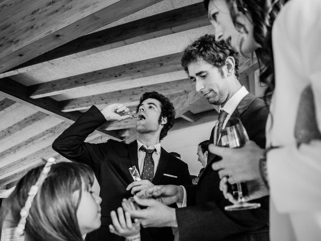 La boda de Alex y Mireia en Viladrau, Girona 34