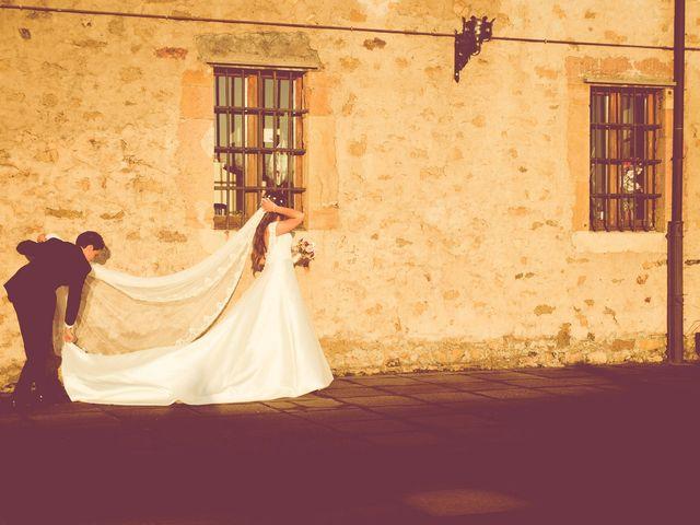 La boda de Javier y Ester en Oviedo, Asturias 25