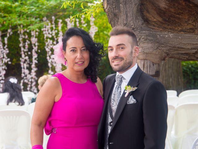 La boda de Alex y Andrea en Carrizo De La Ribera, León 15