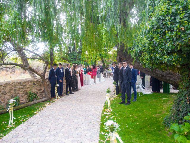 La boda de Alex y Andrea en Carrizo De La Ribera, León 18