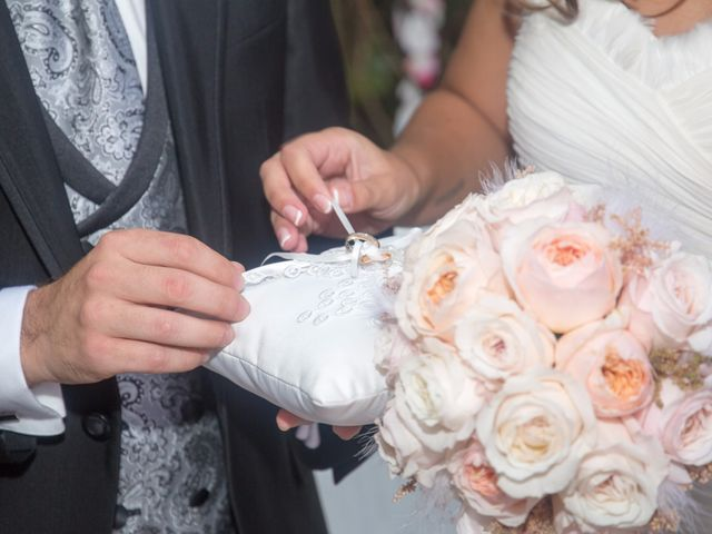 La boda de Alex y Andrea en Carrizo De La Ribera, León 21