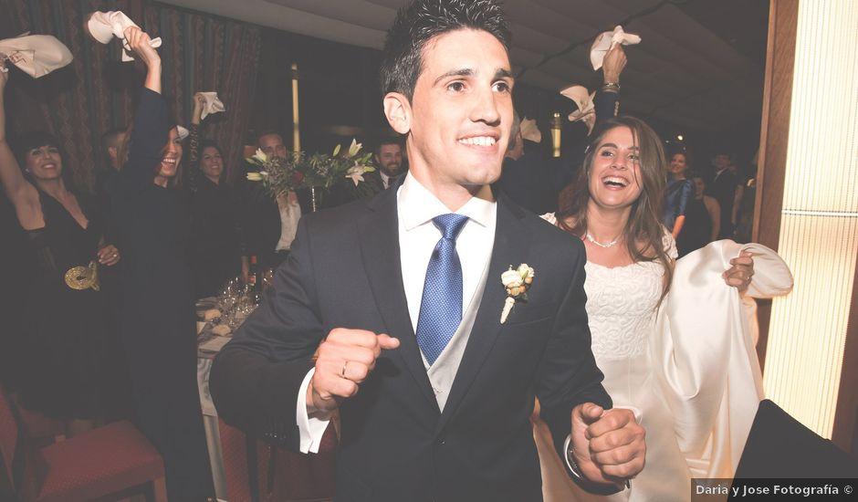 La boda de Javier y Ester en Oviedo, Asturias
