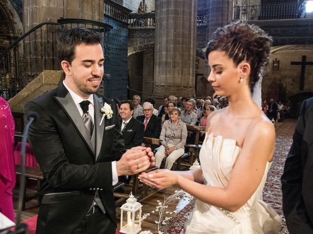 La boda de David y Diana en Laguardia, Álava 14