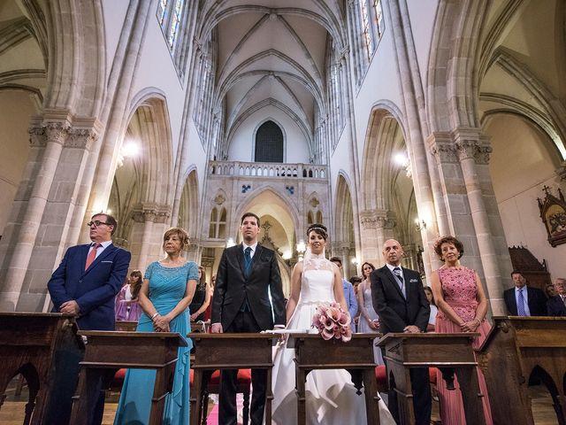 La boda de Iñaki y Cristina en Vitoria-gasteiz, Álava 13