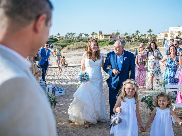 La boda de Juanjo y Lidia en Zahara De Los Atunes, Cádiz 9