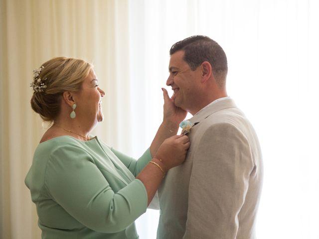 La boda de Juanjo y Lidia en Zahara De Los Atunes, Cádiz 35