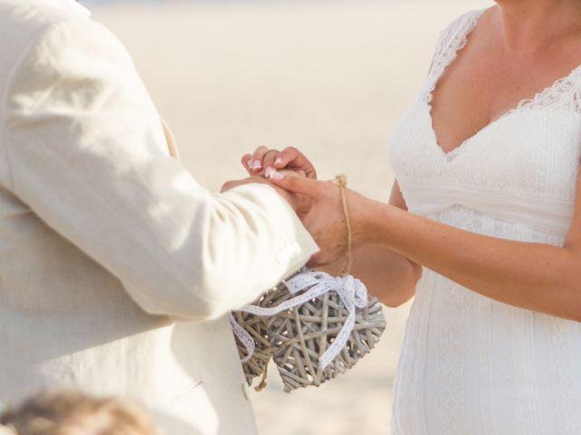 La boda de Juanjo y Lidia en Zahara De Los Atunes, Cádiz 43