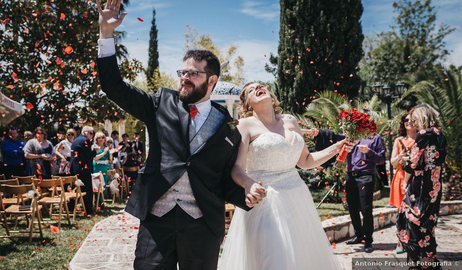 La boda de Jon y Andrea en Potries, Valencia