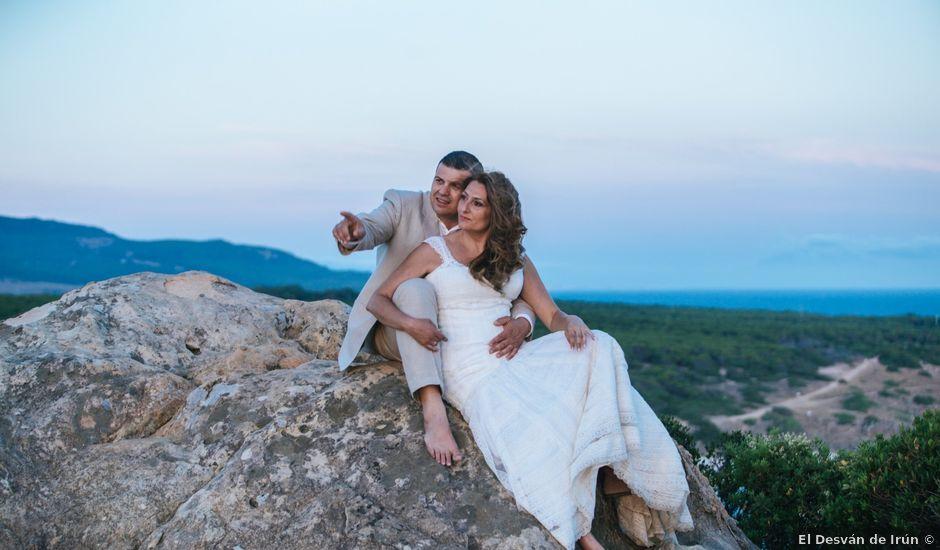 La boda de Juanjo y Lidia en Zahara De Los Atunes, Cádiz